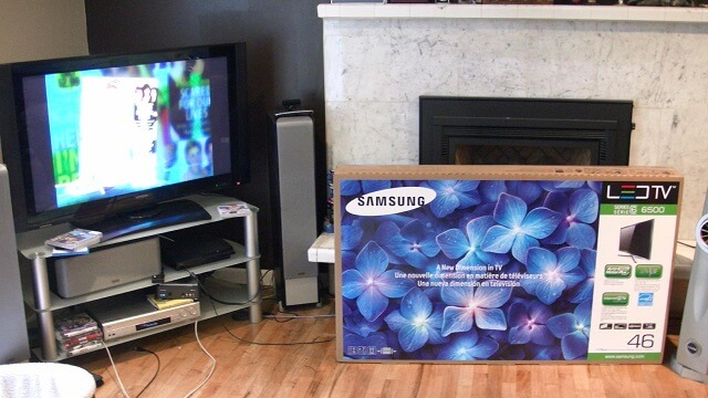 Samsung 6500 LED TV Unbox and Review Living Room booya gadget